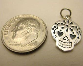 Mexican Sugar Skull Charm- 925 Sterling Silver, Dia de los Muertos, Day of the Dead - New, Gift Box Included!