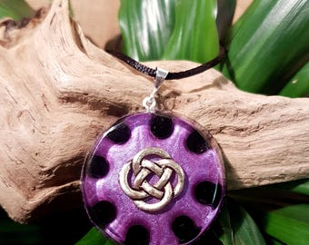 Orgone Pendant - Onyx - Celtic Knot - Root Chakra Healing Lightworker Jewellery - Positive Energy - Healing Jewelry - Large