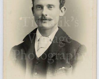CDV Carte de Visite Photo - Young Victorian Man with Mustache Portrait - J White of Littlehampton England