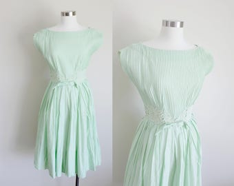 1950s Pleated R&K Originals Dress | Honeydew Dress | Small