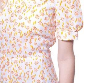 "70s white dress with yellow flowers size M ""Apem"", Romantic Twiggy Vintage Gogo, Mini Dress 60s Shift White Flowers"