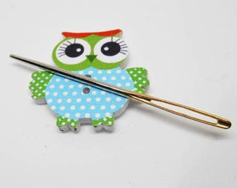 Quirky Needle Minders, Small Wooded Buttons,  Cross-Stitch Needle Storage, Embroidery Needle Rest, Gifts for Needle Workers, Creative Ideas