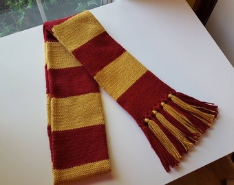 Wizard School Scarf - House of the Lion