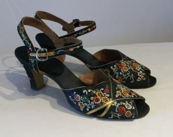 Absolutely beautiful 1930s embroidered open toe evening heels US 6 / UK 4 divine!