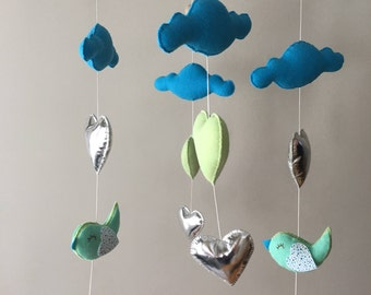 FREE SHIPPING Canada/US - Baby mobile - Cot mobile - Heart mobile - Cloud mobile - Bird mobile - Clouds, hearts,  birds