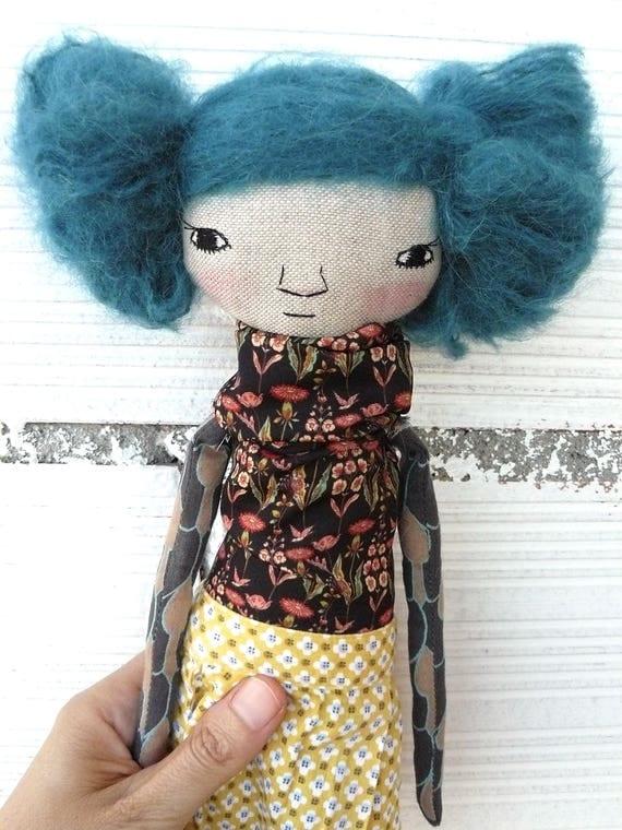 Art doll in cotton and alpaca hair. 32 cm.