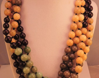 Heavy Plastic Necklace in Green and Brown Tones 1980-90s