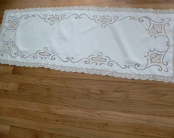 """Antique Italian Needle Lace Runner /Point de Venice Lace Runner / Embroidered Filet Lace Runner 52 x 18"""""""