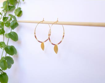Pair of earrings hoops small leaves and pearls Roses Metalisees Golden fine gold