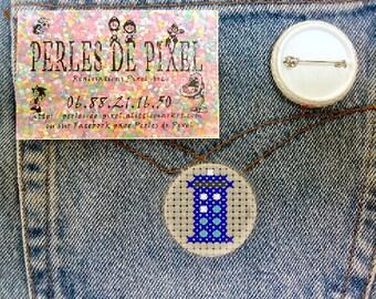 Dr Who Tardis embroidered badge