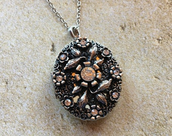 Metal Pendant, Pendant, Necklace, Jewelry, Womens Jewelry, For Her, Trending Items, Vintage Look