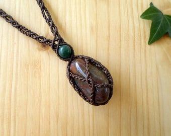 Agate macrame necklace, macrame stone, gemstone necklace, macrame jewelry, hippie necklace, agate pendant, gypsy necklace, bohemian jewelry