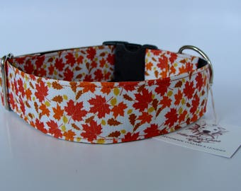 """READY TO SHIP! Large Collar 1.5"""" wide - Fall Leaves"""