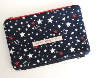 Pencil case double zippered compartment.