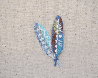 Two Feathers - Southwest Tribal design - Iron on Applique - Embroidered Patch - 697075-A