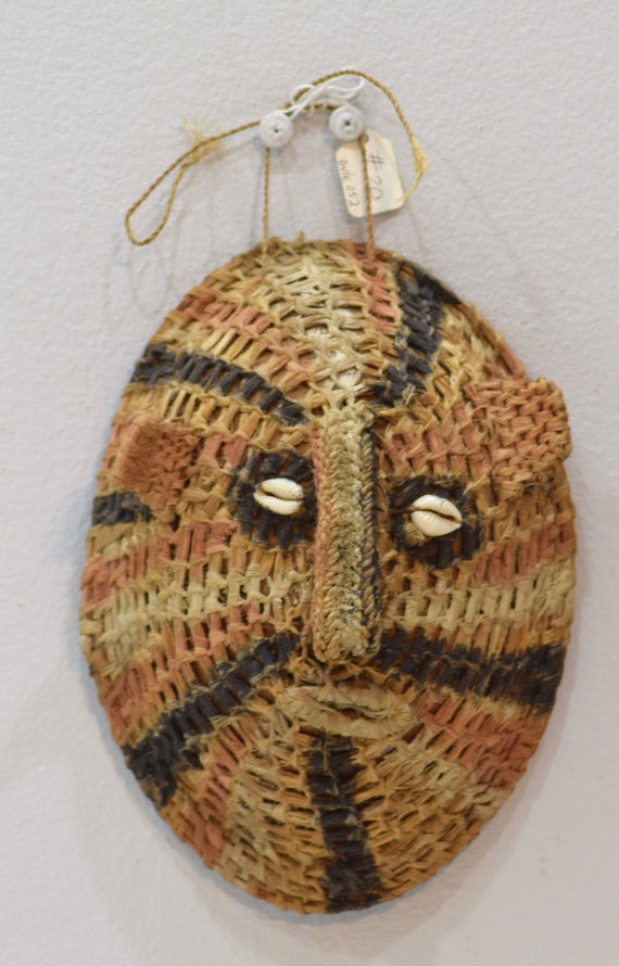 Papua New Guinea Mask Woven Fiber Coconut Shell Cowrie Shell Womens Mask