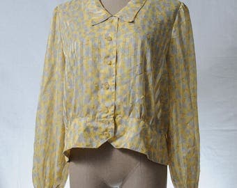 Vintage yellow floral print button-up blouse