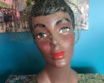 40's 5's Green Fascinator Birdcage Veil Green Feathers and Small Velvet Bow