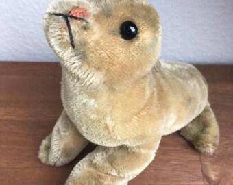 Vintage Steiff Seal ROBBY