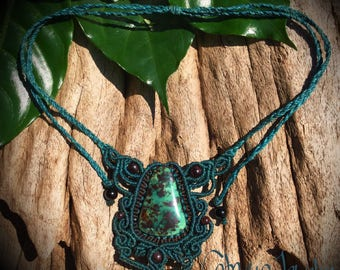 Handmade macrame necklace with turquise stone