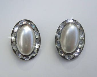 Beautiful 1950's Vintage Faux Pearl Diamante Clip On Earrings Wedding