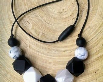 BPA free silicone necklace, monochrome necklace, teething necklace, nursing necklace