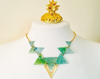 Fractal attractive triangle necklace - Triangles geometric bib necklace for woman - Colorful necklace - Bohemian gypsy - Festival neck piece
