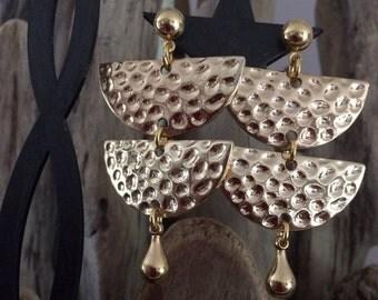 fancy gold pierced earrings