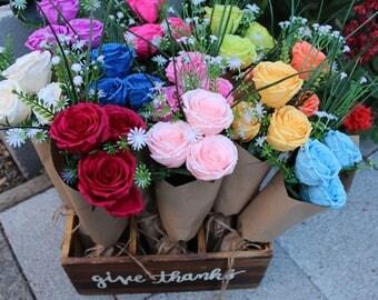 Paper Flower Bouquet, Bridesmaid Bouquet, Rose Bouquet, Wedding Bouquet, paper flower arrangement, floral arrangment, Valentine's flowers