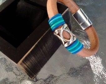 Natural licorice leather bracelet with lattice slide