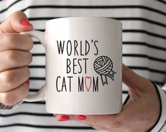 Best Friend Gift Best Friend Birthday Gift Girlfriend Gift Gifts for Her Coworker Gift Funny Coffee Mugs Cute Worlds Best Cat Mom Red