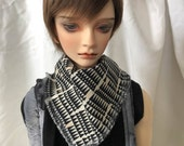 Modern Triangle Print Scarf / Muffler for BJD