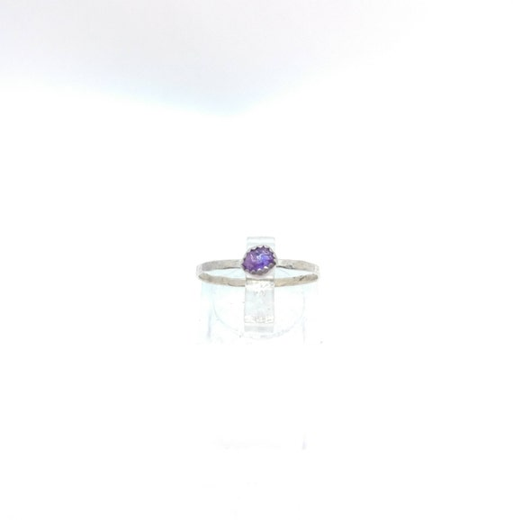 Purple Sapphire Stacking Ring   Sterling Silver Ring Sz 8   Raw Sapphire Ring   Raw Crystal Stackable Ring   Purple Sapphire Stacker Ring
