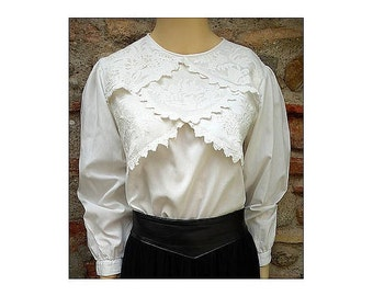 1970s  René DERHY white embroidered indian cotton BLOUSE // size M