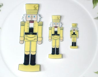 Edible Nutcracker Soldiers YELLOW Figures Wafer Paper Wonderland Wedding Cake Decoration Holiday Xmas Nut Crackers Cupcake Cookie Topper