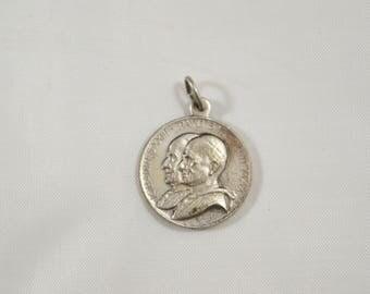 Vintage 2nd Vatican Council Pilgrimage John XXIII & Paul VI Commemorative Medal Vintage Papal Medal