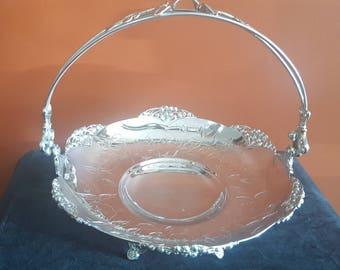Antique Quadruple-plated Bride's Basket, Fruit Basket, Wedding Gift, Bridal Decor