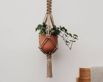 Macrame Plant Hanger in Jute //102cm - 40 inches // Hanging Planter // Macrame Plant Holder // Pot hanger // Indoor Hanging Planter // Gift