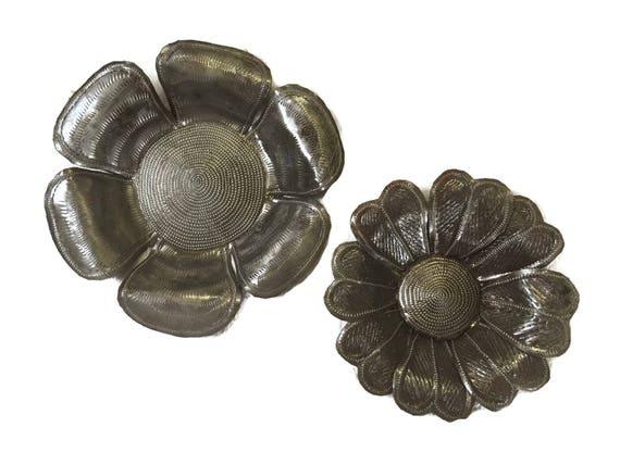 "Metal Garden Flowers, Handmade in Haiti Recycled Art, 7"",9"""