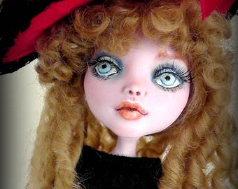 Monster High Custom Repaint& Outfit