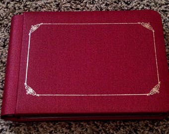 Creative memories photo album new, 5x7 red photo album, new