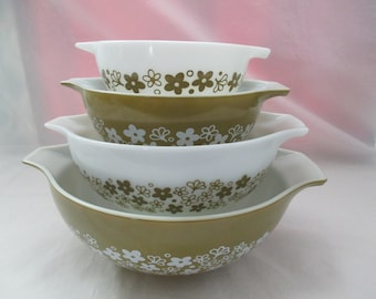 Vintage, Pyrex, Spring Blossom Green, Cinderella Mixing Bowls, 4 Piece Set, #444, #443, #442, #441, (Crazy Daisy). 1972 to 1979
