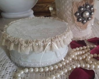 """Box style Shabby chic in the """"Pompadour"""" collection box Charlotte"""