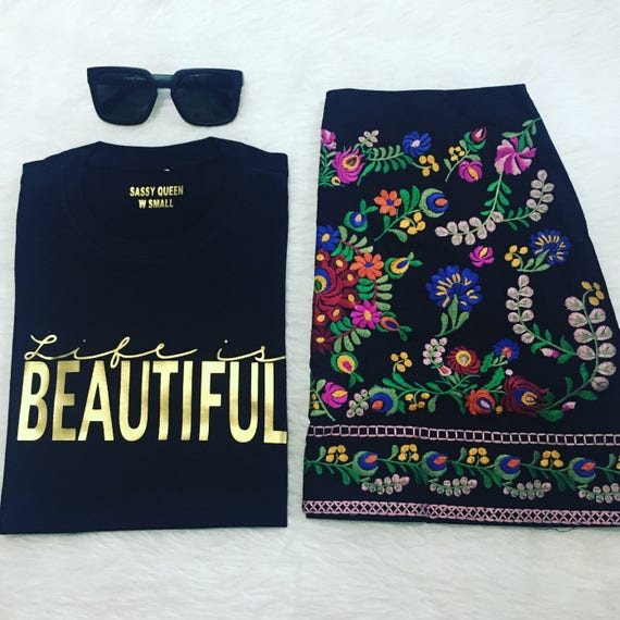 Life is Beautiful / Statement Tee / Graphic Tee / Statement Tshirt / Graphic Tshirt / T shirt