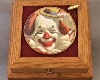 Vintage music box; Wood jewelry box; hand made jewelry/music box; restored music box, clown themed box