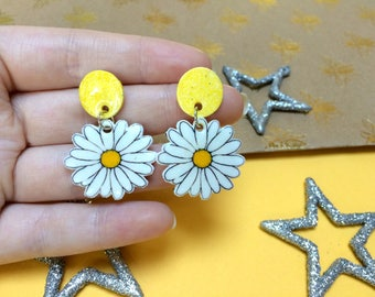 Daisy - Dangle Earrings