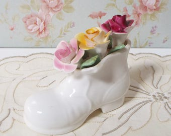 Small Vintage Bone China Shoe With Roses - Made in England -