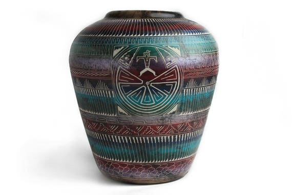 Navajo Horse Hair Pottery  XLg - Man in the Maze (X-Lg) Navajo Handmade Native American Hand carved white clay