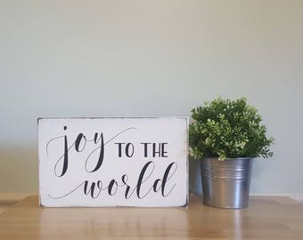 joy to the world distressed wooden Christmas decor