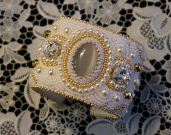 The bead embroidered cuff Celebration by La Bonna